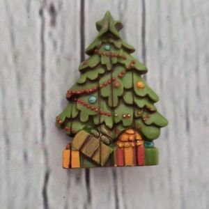 CHRISTMAS TREE ENAMEL BROOCH PIN
